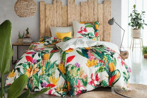 Lenjeria de pat LUCY este fabricată 100% din bumbac mako jersey.